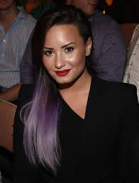 New Fall Hairstyles 2014 by Demi Lovato Shows Off Short Haircut Loving Her New Style Cambio