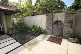 outdoor bathroom plans 1000 ideas about outdoor pool bathroom on