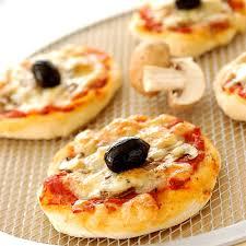 pizza hervé cuisine hervé cuisine pizza 100 images réussir sa recette de pâte à
