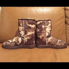 ugg shoes australia brown boots poshmark 71 ugg shoes ugg australia camouflage boots from