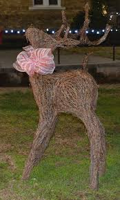 grapevine deer 55 rustic wedding decorations grapevine balls