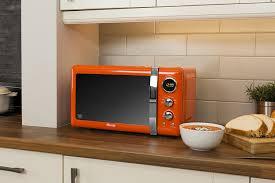 swan sm22030on retro digital microwave 800 w orange amazon co