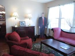 Donald Trumps Childhood Home In Queens Is On Airbnb For  A - Trump home furniture
