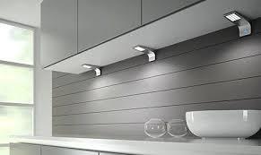 eclairage led plan de travail cuisine le led cuisine affordable eclairage led cuisine with spot