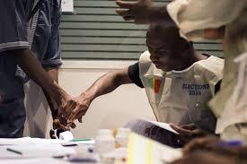 tenue d un bureau de vote la globalisation des élections africaines la vie des idées