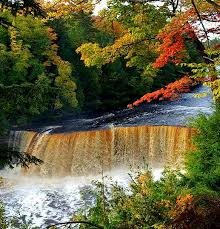 fall color tours upper peninsula michigan