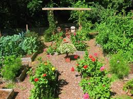 Vegetable Garden Bed Design by 371 Best Potager Images On Pinterest Vegetable Garden Garden