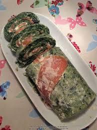 cuisiner epinard roulé aux épinards et saumon fumé llalla recette cuisine companion