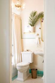 25 best rental bathroom ideas on pinterest small rental seven habits to learn from ridiculously creative renters apartment rental bathroom makeover