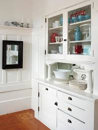 How To Make A Small Cabinet Best 25 White Display Cabinet Ideas On Pinterest Traditional