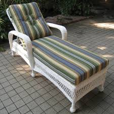 White Wicker Chaise Lounge Clearance Wicker Chaise Lounge