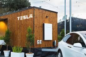 tesla u0027s 100 renewable energy powered tiny house tour amvsement