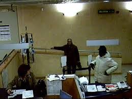 banco popolare pescara rapina alla popolare di ancona derubati anche due clienti