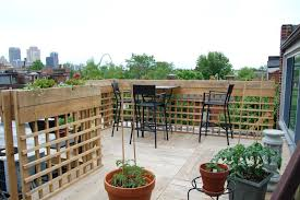 Roof Garden Plants Romantic Rooftop Garden Ideas With Flowering Potted Plants And