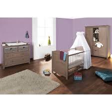 chambre bebe lit et commode chambre bébé jelka