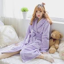 robe de chambre avec capuchon lavande en peluche robe adulte femmes à capuchon pyjamas d hiver