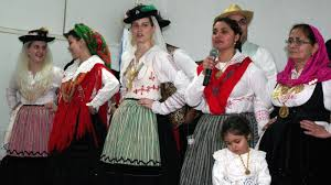what is traditional portuguese clothing reference com