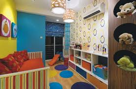 chambre jouet rangement jouet chambre enfant etiquettes rangement chambre enfant