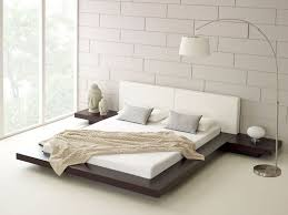 White Furniture Set Modern Scandivian Bedroom Furniture With Dark Wooden Bed And White