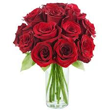 fresh flowers kabloom fresh flowers bouquet of 12 roses in a glass vase