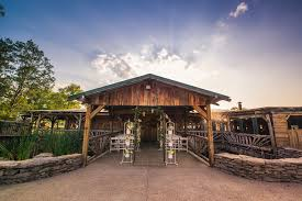 Wedding Venues In Nashville Tn 30 Charmingly Rustic Barn Wedding Venues Rustic Wedding Venues