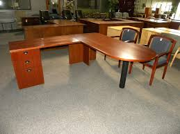 Used L Shaped Desk Used L Shape American Wood Veneer Peninsula Desk By Kimball