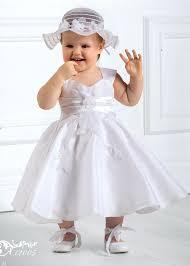 robe mariage enfants robe de cortège en sergine et organza jolies broderies de