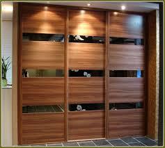 Wood Sliding Closet Door Wood Closet Doors Best 25 Closet Door Makeover Ideas On Pinterest