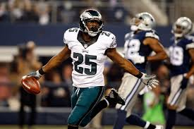 lesean mccoy eagles run cowboys for nfc east lead usa
