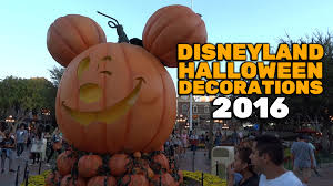 halloween decorations at disneyland 2016 youtube