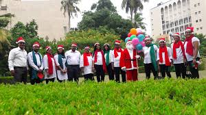 sjms csr team presents carols and gifts to inmates of