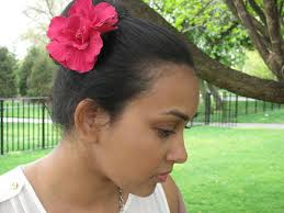 how to wear hair behind the ears 3 ways and 1 good reason to wear a flower in your hair