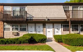 Heatherwood House At Oakdale Apartments For Rent In Oakdale Ny