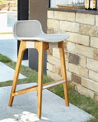 Outdoor Bar Stools With Backs Curved Back Outdoor Barstool