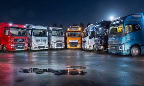 luxury semi trucks a week in trucks the big truck sleeper test 2016 youtube