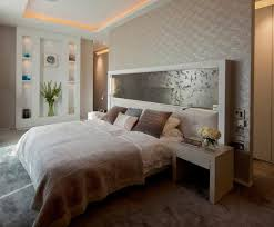 deco mur chambre design interieur plafond corniche lumineuse tête lit originale