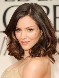 hairstyles for women over 60 with heart shape face the top 8 haircuts for heart shaped faces allure