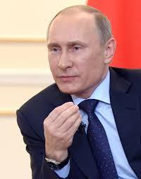 Rusiya lideri FİFA prezidentinin müdafiəsinə qalxdı