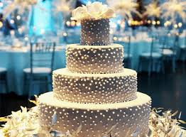 10 tips how to bake your own wedding cake at home chicmags