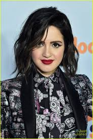 did laura marano really cut her hair laura marano cuts dyes her hair black looks even more like