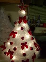 coat hanger christmas tree very neat idea use some many