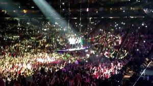 toyota center one direction singing moments in houston july 21st 2013 toyota