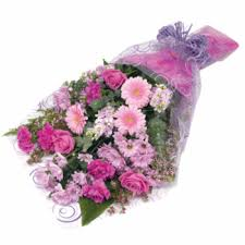 flower gift a flower gift to impress worle florists free local delivery in