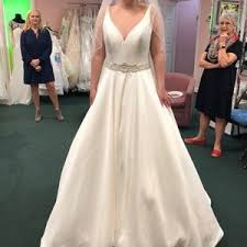 wedding dress brand 10 dresses skirts brand new never worn wedding dress from