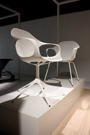 the elephant chair by neuland for kristalia contemporist
