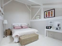 chambre en bois blanc chambre blanc et beige idées décoration intérieure farik us