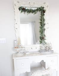 White Christmas Bedroom Decorations by Christmas Bedroom Decor Summer Adams