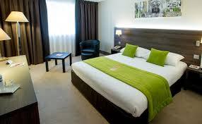chambre d hotel lyon qualys hotel lyon nord hotel 4 étoiles rhône alpes