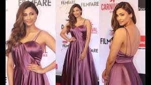 video youtube film hot india daisy shah hot in one shoulder gown at star screen awards 2018