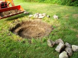 Building A Firepit In Your Backyard Nonsensical How To Make A Pit In Your Backyard Build Diy Tos